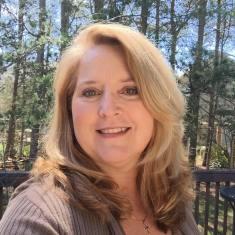 Patti Headshot